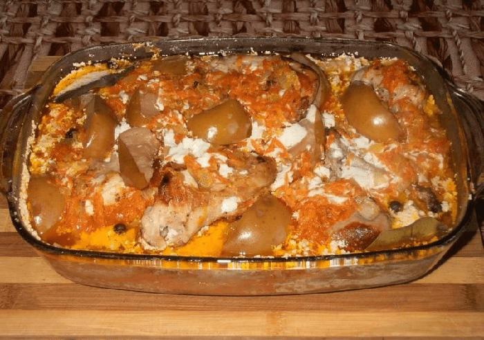 Готовое блюдо – кролик в сметане в духовке