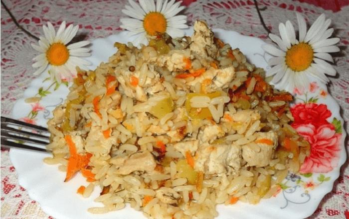 Готовое блюдо – ризотто с курицей