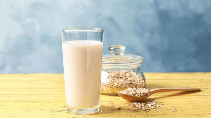 Овсяное молоко в домашних условиях – картинка