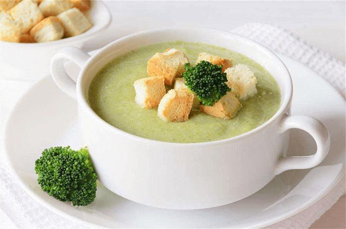 Крем-суп из брокколи со сливками – картинка