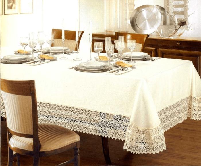 Большая плоская тарелка