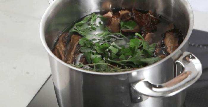 Суп с перловой крупой: 5 рецептов приготовления