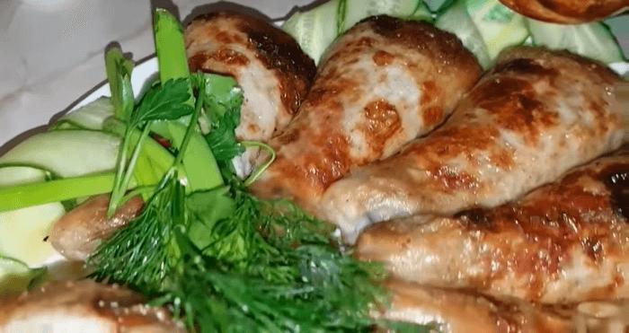 Куриные фаршированные ножки в духовке – картинка