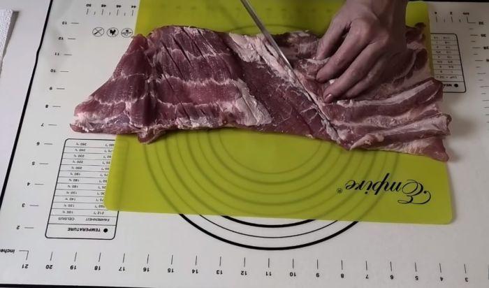Насечки на мясе