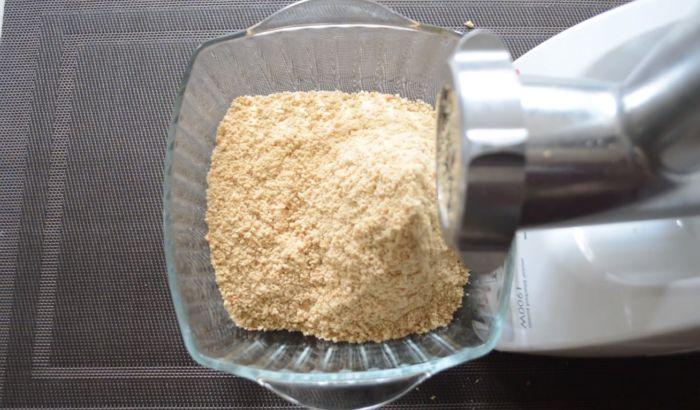 Превращение печенье в крошку