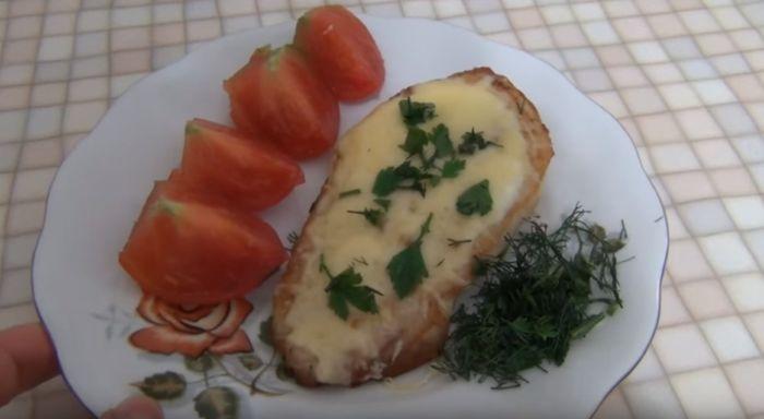 Отбивные с сыром и грибами