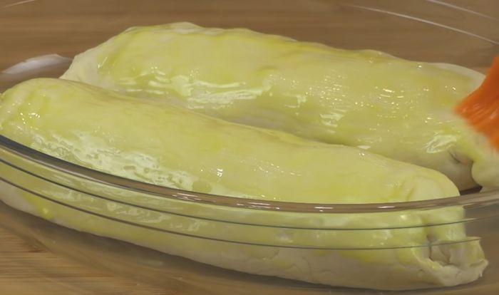 Смазанные маслом штруделя
