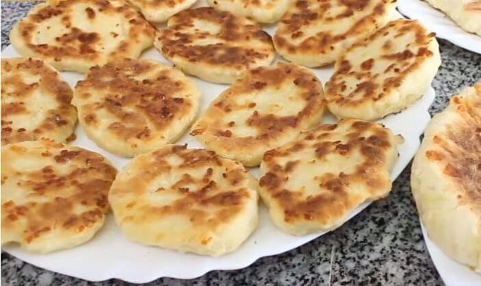 Пышки на кефире с сыром