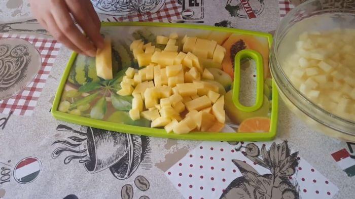 Нарезка картошки кубиками