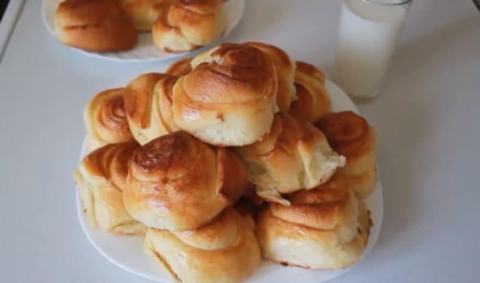 Вкусные булочки из дрожжевого теста