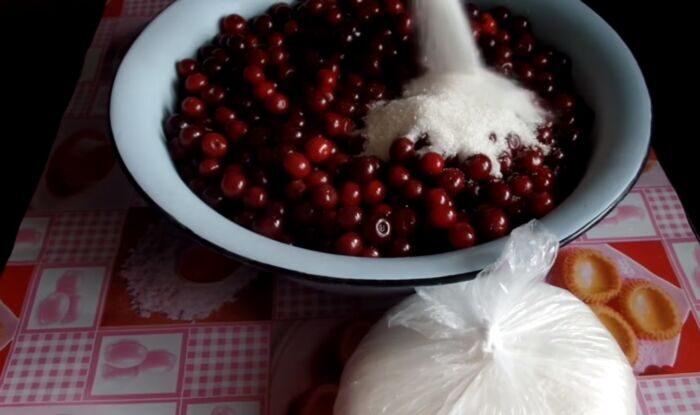 Сахар к вишни