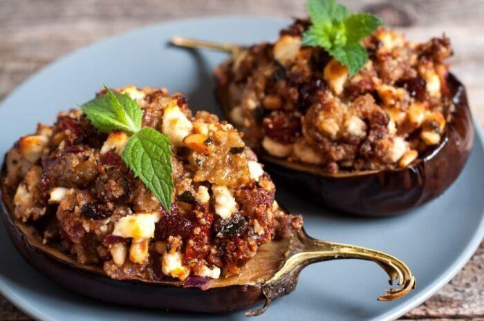Баклажаны с фаршем в духовке: быстро и вкусно